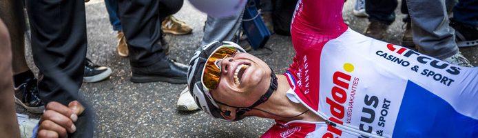 Van der Poel all'Amstel Gold Race, uno dei finali più belli di sempre